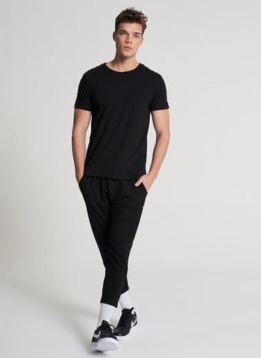 Pi π Şerit Detaylı Tişört Siyah